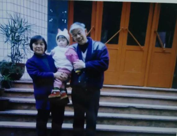 剥洋葱people | 川震九周年:谁能告诉我妈妈去世时的样子