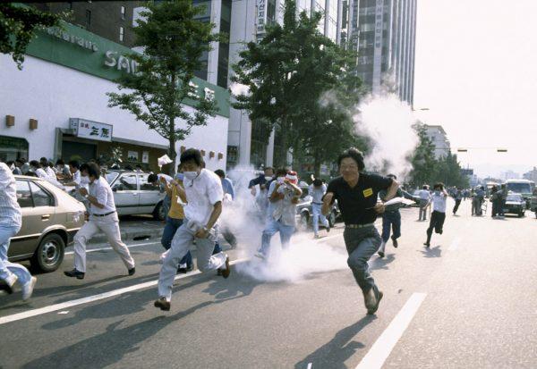 端传媒 | 影像中的光州与赤色的1980年代:韩国社运的记忆和遗忘