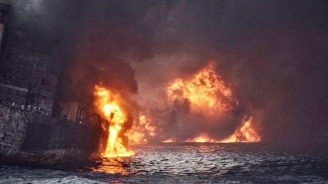 "BBC | 东海撞沉油轮""桑吉""号""爆燃""后下沉"
