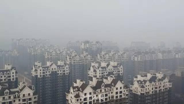 王久良:一边是烂尾的城市,一边是破碎的山河
