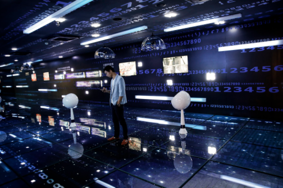 """端传媒   中国大数据四问:官商民集体狂欢的背后,""""数据利维坦""""正在降临?"""