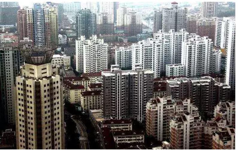 好奇心日报 | 人口它是个问题 这是两个大城市二胎家庭的生活
