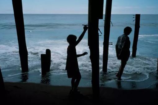 【网络民议】所有的大海都是你的纪念碑