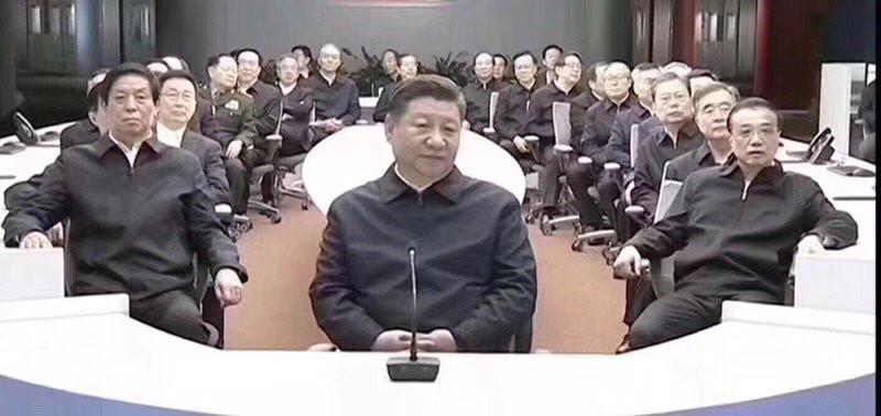 品葱 | [经略新闻话题] 習皇與手下大臣怪异合影