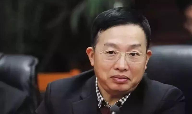 【旧闻】新京报 | 政协委员朱征夫:嫌犯电视里认罪不等于真有罪