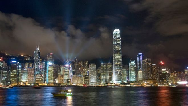 "BBC 英国发布香港半年报告 ""香港高度自治遭削弱"""