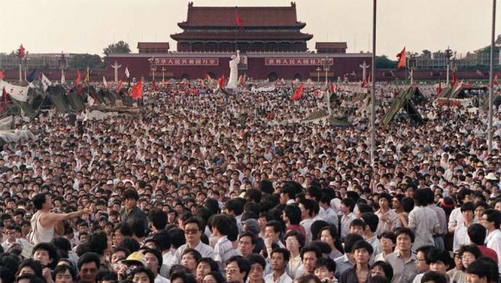 法广 | 法媒评论: 天安门血案30年后中国虎视眈眈