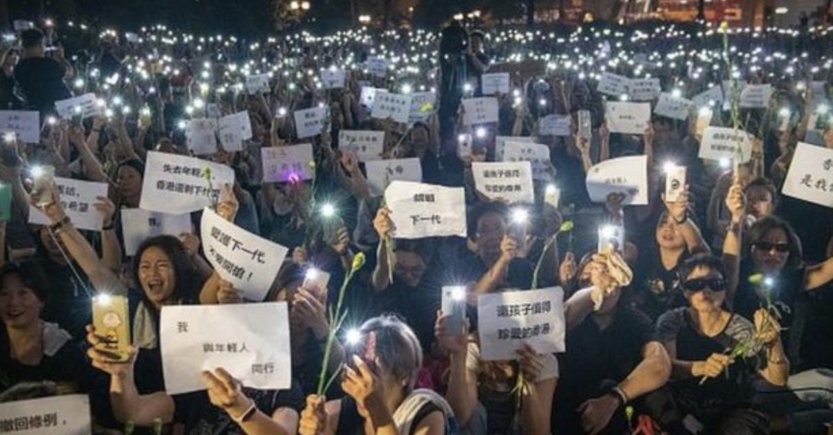 BBC | 逃犯条例争议:香港政府宣布暂缓修订