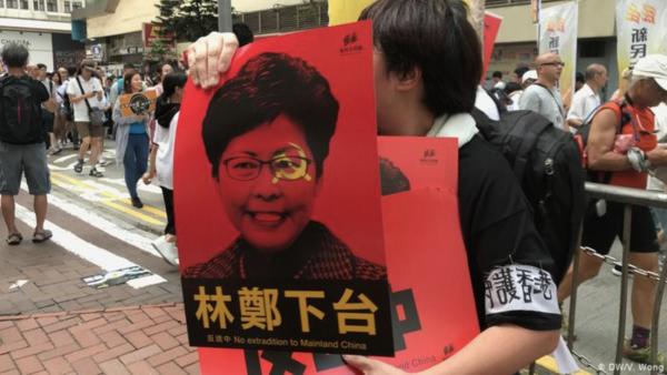 内地人支持香港:新抗争,老笑话