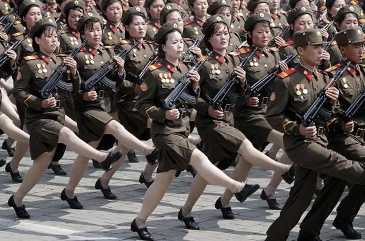 我们与平权 | 上不了军校,当不了警察,就因为我是个女孩