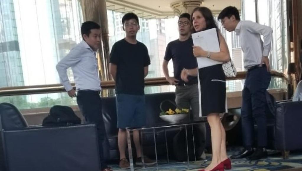 法广 | 经济学人:香港黑手论反映中国的世界观是可悲和可笑的
