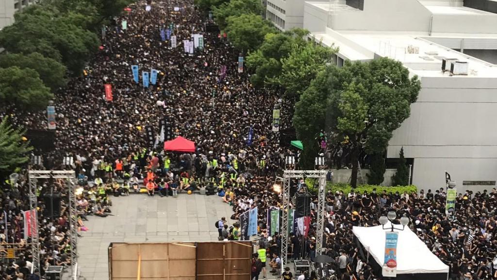法广 | 大专和中学生今起罢课争要求 不回应将升级行动