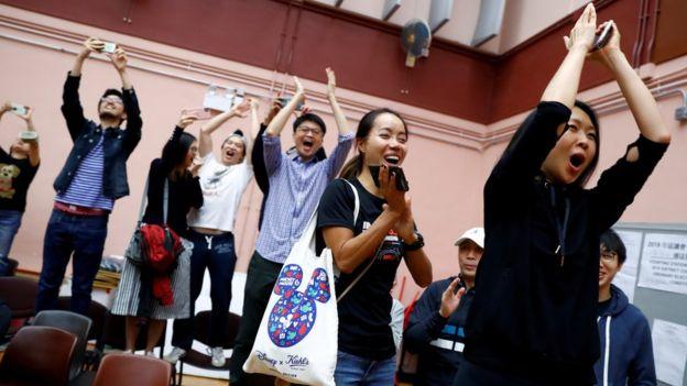BBC | 香港区议会选举:中国官媒不提结果但狠批美国