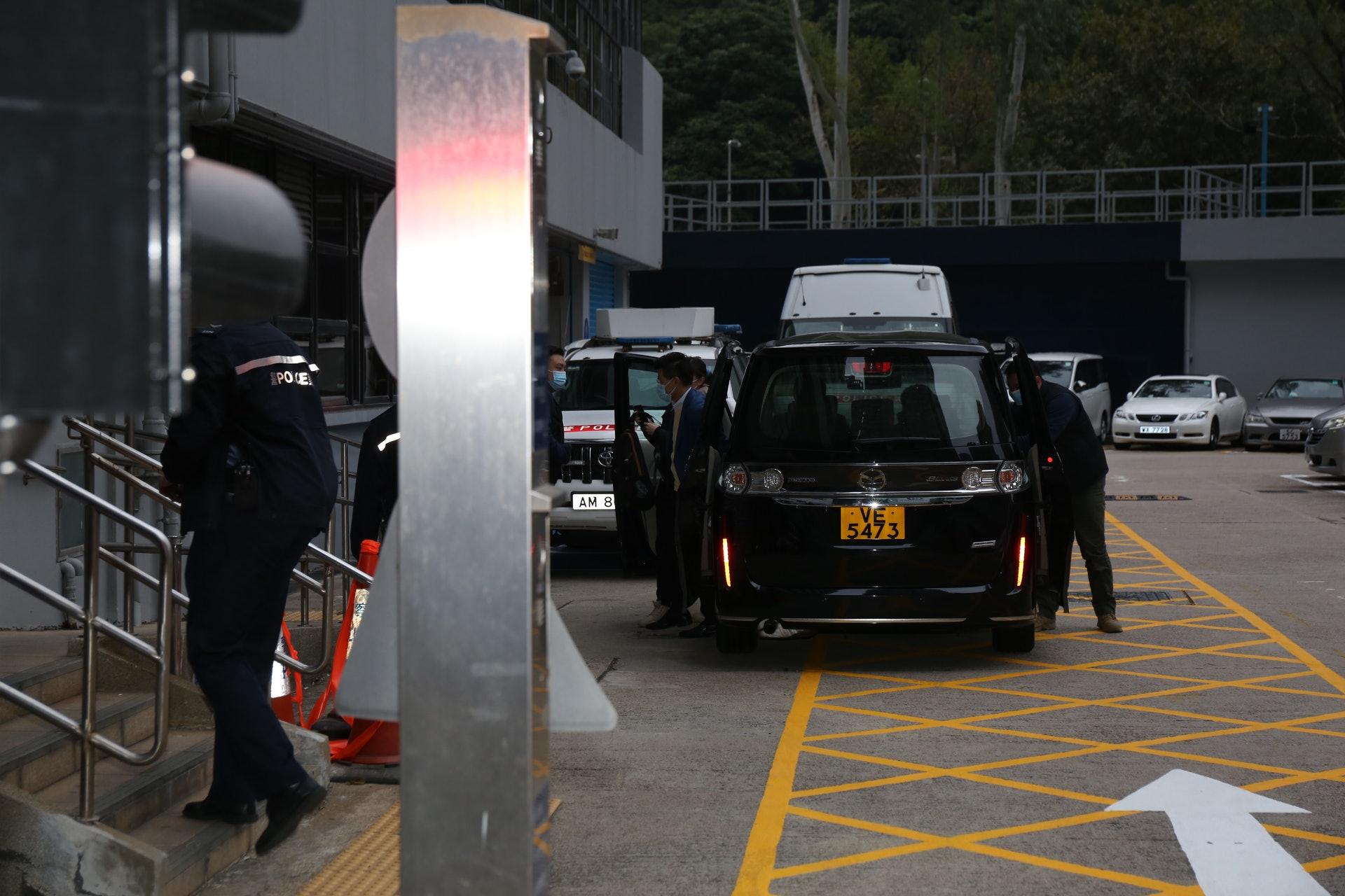 范國威被送往將軍澳警署。(張家豪攝)