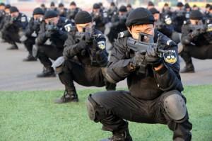 Anti-terror drill (Xinhua)
