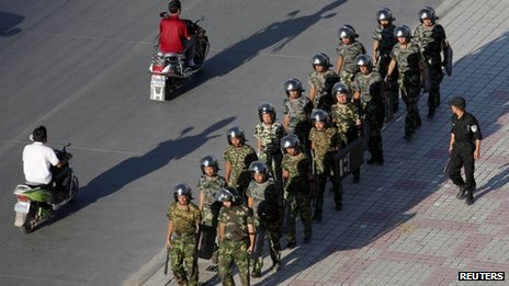 Police in China Kill 17 Linked to Mine Attack