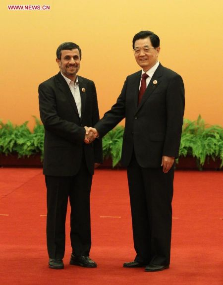 Netizen Voices: Iran's LAN, China's Wall