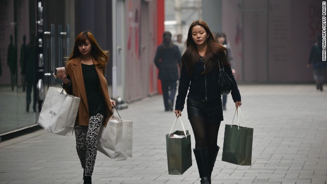 China's 'Leftover Women' Choosing to Stay Single