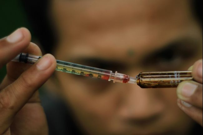"""Happy Hour"" for Heroin in China"
