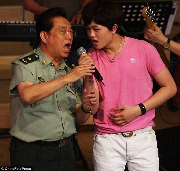 PLA Singers' Son Li Tianyi Sentenced to Ten Years for Gang Rape
