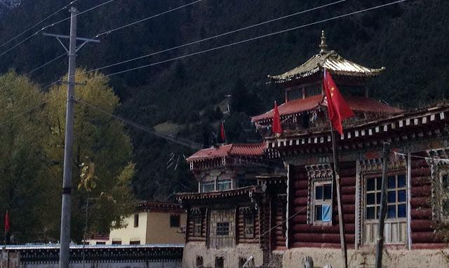 Refusal to Fly Chinese Flags Brings Crackdown in Tibet