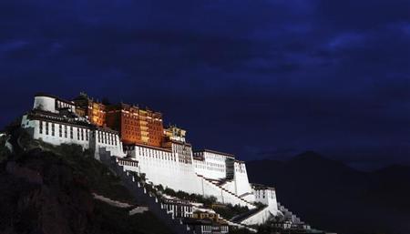 """Beijing Lauds """"Correct"""" Policy in Tibet"""