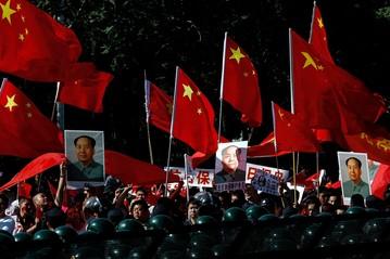 The Extreme Tilt of Chinese Internet Politics