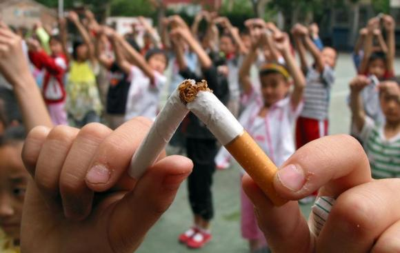 Cigarettes Kicked Out of School in China