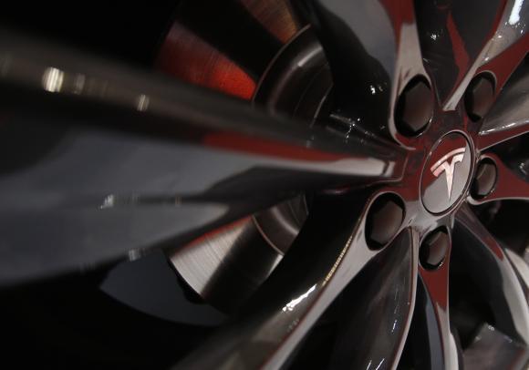 Tesla Full Speed Ahead In China