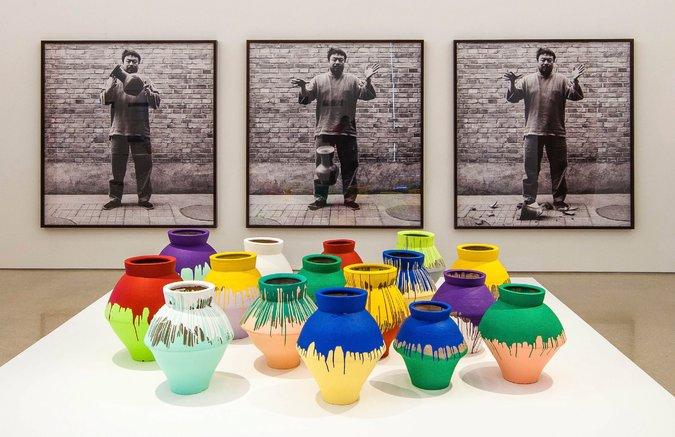 "Video: Ai Weiwei's ""Million Dollar"" Vase Smashed"