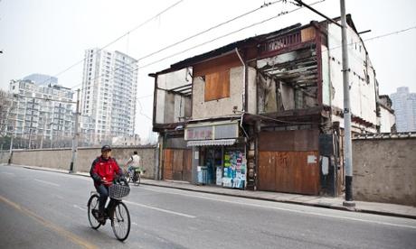 Shanghai's Older Generation Hark Back to Mao