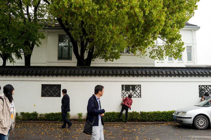 Zhou Yongkang's Hometown Rises To His Defense