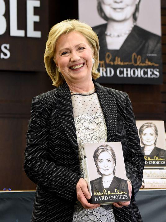 China 'Effectively Bans' Hillary Clinton's Memoir