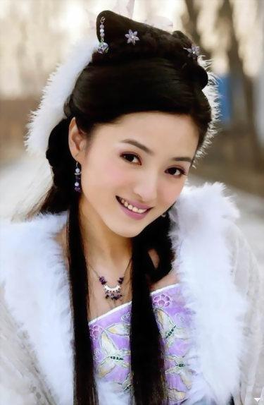 "Minitrue: ""Military First Beauty"" Zhang Lanlan"