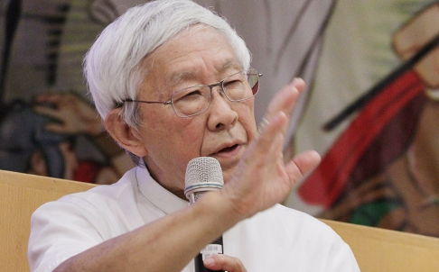 Hong Kong Cardinal Warns Pope Against China Visit