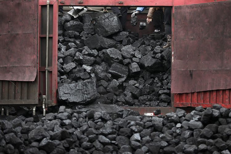 CO2 Emissions Fall as China Cuts Coal