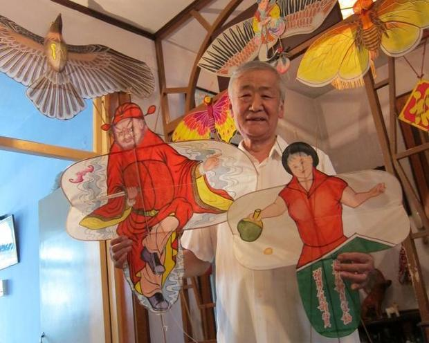 As Kite Makers Age, Lofty Tradition Goes to Ground