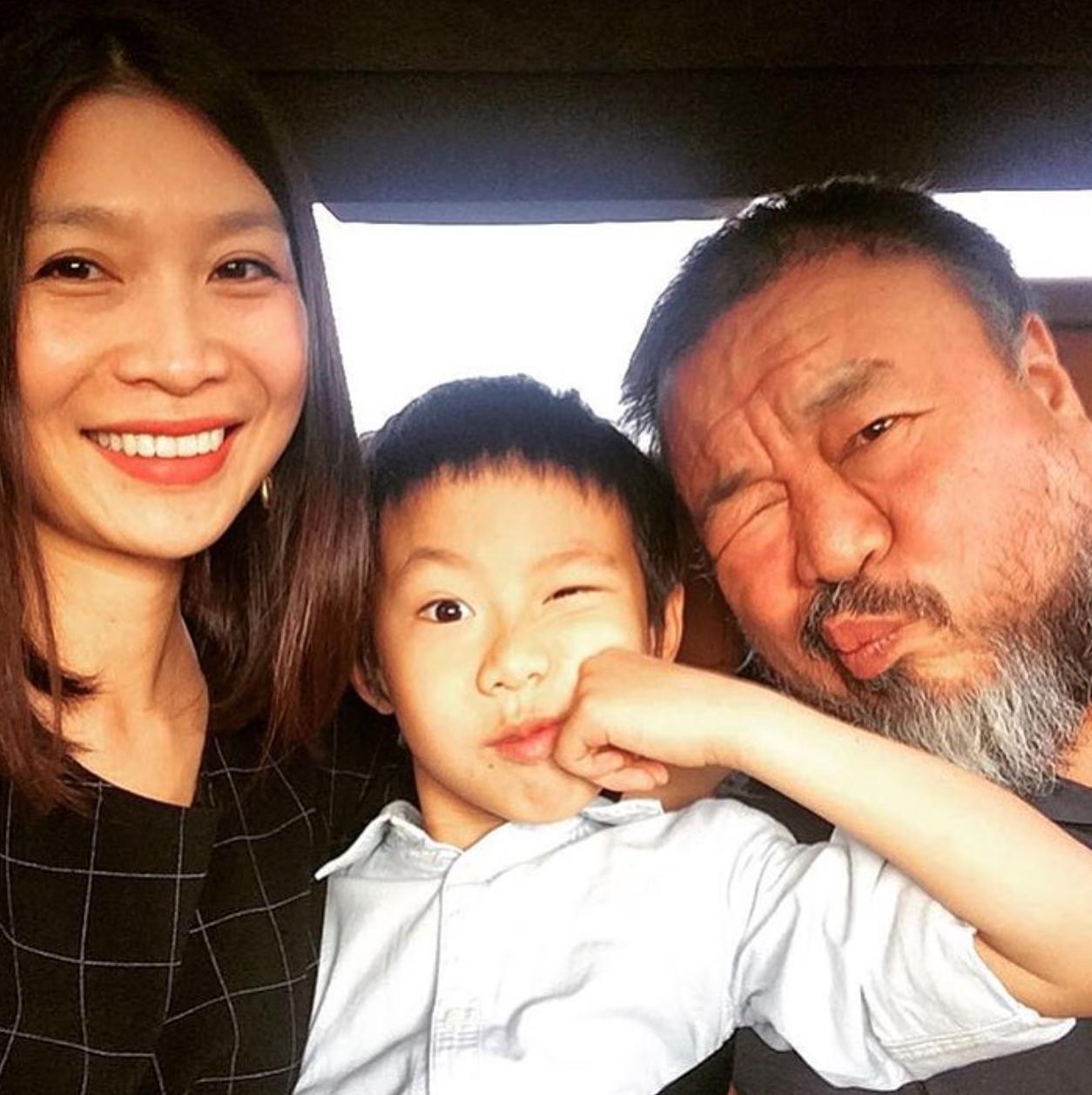 Confusion or Conspiracy? U.K. Limits Ai Weiwei Visa
