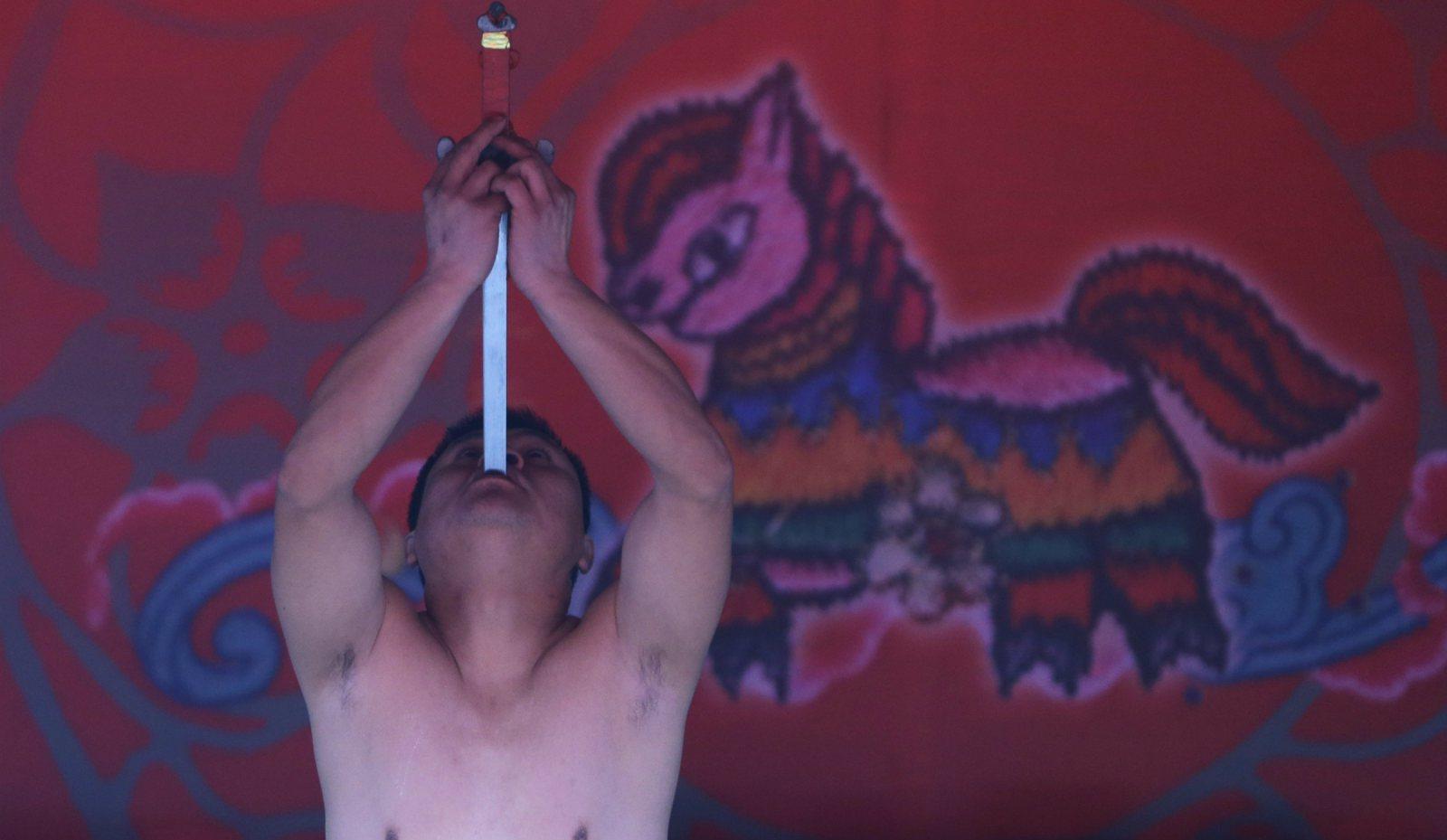 Qigong Master Wang Lin Detained in Murder Case