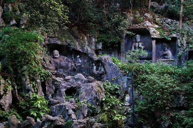 Lingyin Buddhist Temple