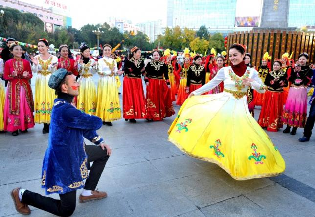 "Translation: ""Ethnic Harmony"" Song in Xinjiang"