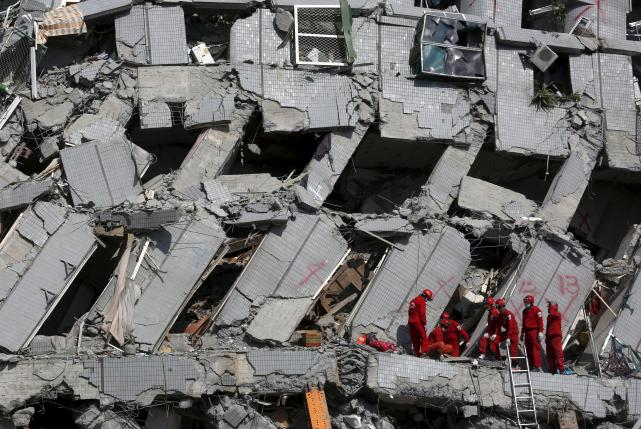 Taiwan Investigates Building Toppled in Quake