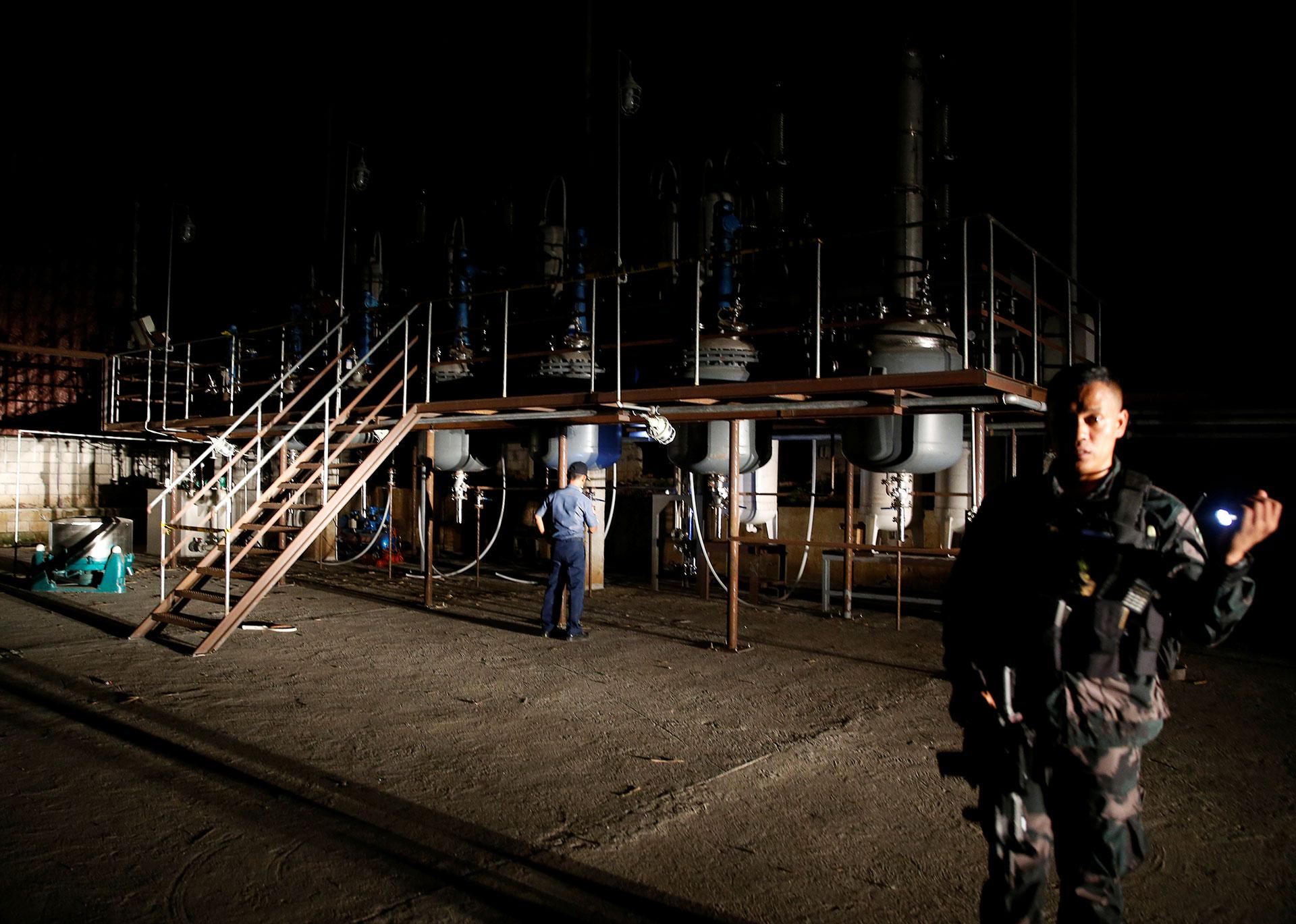 Chinese Meth Gangs Star in Philippines Drug Crisis