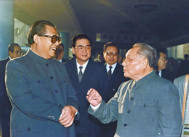 30 Years Ago: Li Peng Tightens Grip