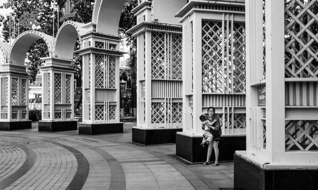 Photo: Under the Arches (Qingdao), by Gauthier DELECROIX – 郭天