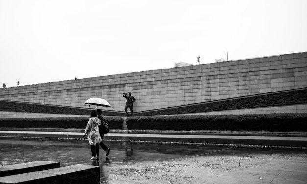 Photo: The last tribute, by Gauthier DELECROIX – 郭天